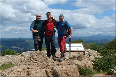 Pagasarri mendiaren gailurra 671 m. -- 2016ko maiatzaren 7an