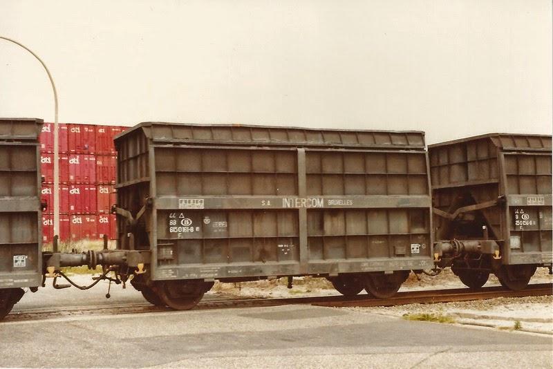 Type 100G2 Hg nv Intercom Brussel av.jpg