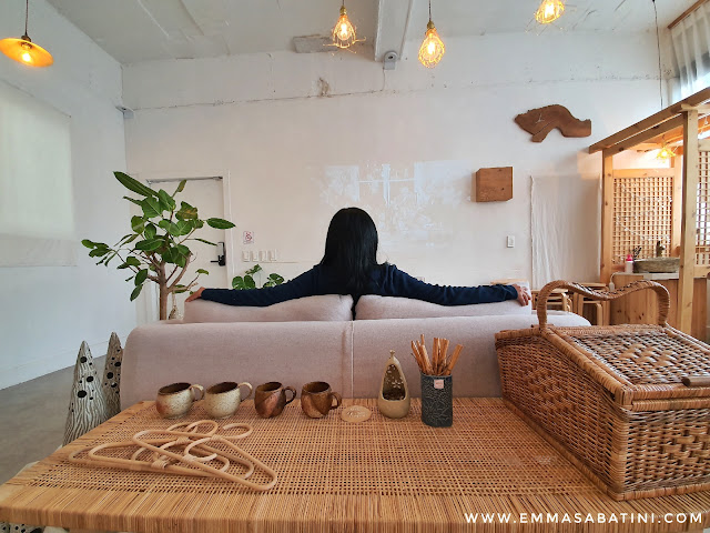 Cafe Stcobe Daegu, Home of Wood