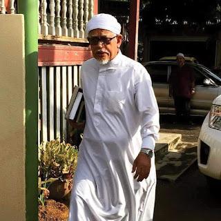 Isu Saman ke atas Tuan Guru Presiden kerana membentang Private Members Bill untuk meminda bidang kuasa Mahkamah Syariah melalui akta 355 di Parlimen
