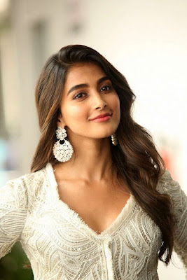 Actress Pooja Hegde Photos