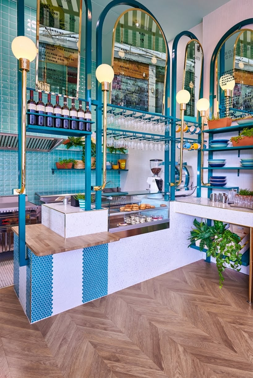 Masquespacio ha diseñado el brillante y colorido restaurante Piada Lyon en Francia