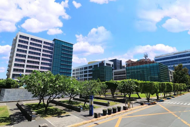 Buildings in Northgate Cyberzone, Filinvest, Alabang