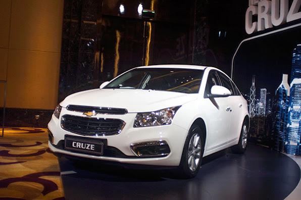 Chevrolet Cruze 2015 co gia tu 572 trieu dong tai Viet Nam  anh 4