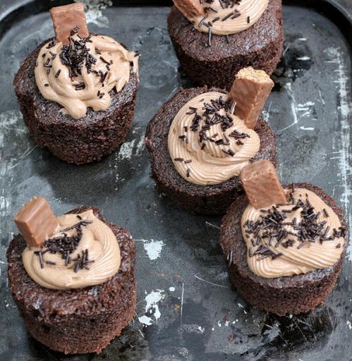 Chocolate Buttercream Cupcakes Recipe | Eggless Desserts | chocolate cupcake with chocolate buttercream frosting | Foodomania.com