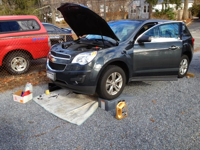 1-12-14 ~ 2013 Chevy Equinox oil Change ~1-12-14 | Pdspeh69
