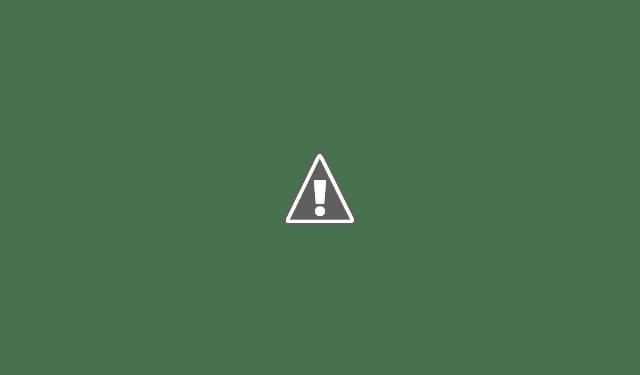 Торговая улица в Афинах