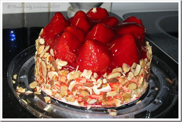 02-13-strawberry-chcake