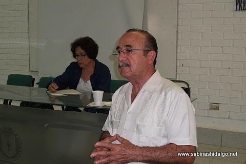 Tesorera y Secretario del Consejo de la Historia y Cultura