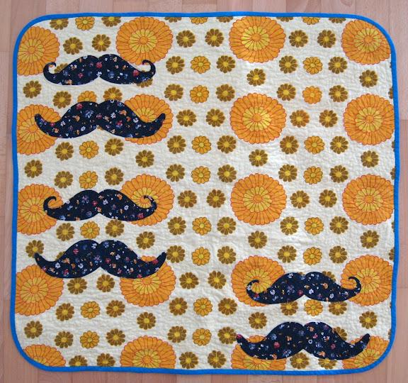 Moustache-Quilt