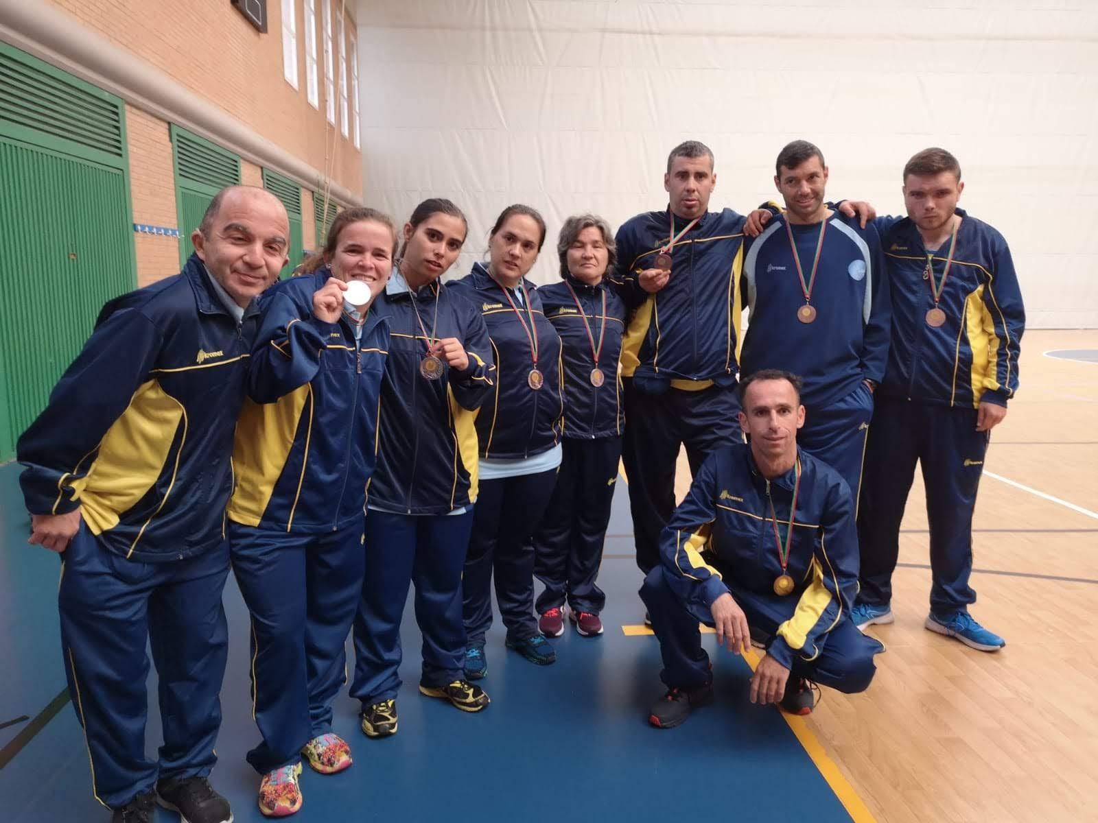 Apadis consigue cinco medallas en el Campeonato Andaluz de Atletismo