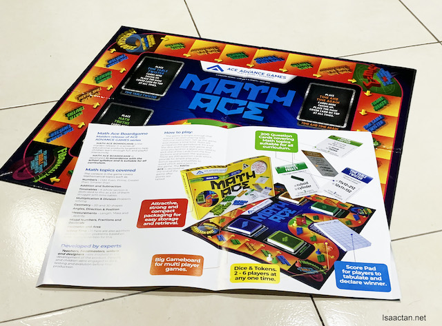 There's even a 2 page leaflet to explain on how to play the game.