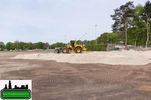 aanleg kunstgrasveld sss'18 08-05-2015 (12).jpg
