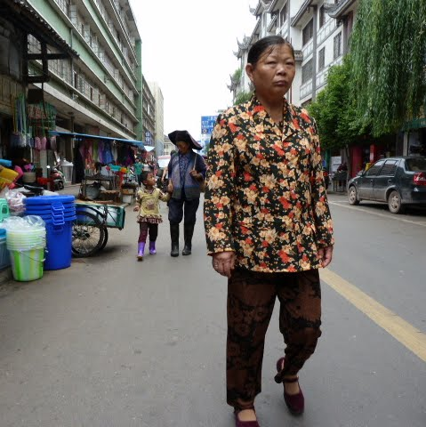 CHINE SICHUAN.XI CHANG ET MINORITE YI, à 1 heure de route de la ville - 1sichuan%2B725.JPG