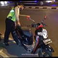 Dua Sepeda Motor Terlibat Kecelakan di Mojoagung, Satu Pengendara Masuk Rumah Sakit