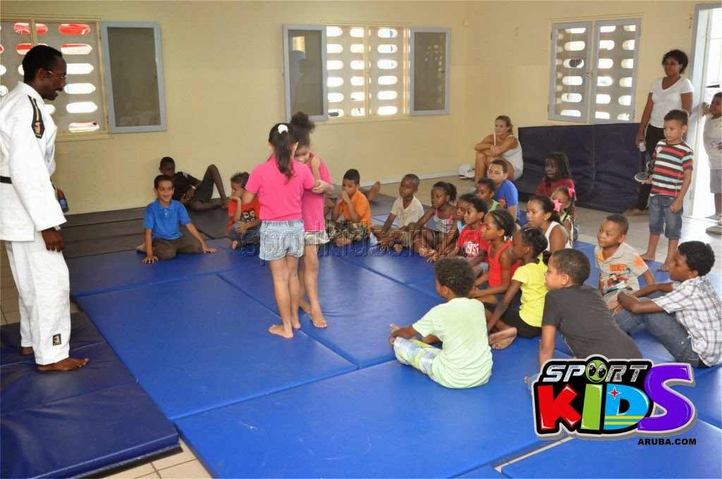 Reach Out To Our Kids Self Defense 26 july 2014 - DSC_3205.JPG