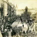 Сокільський-Здвиг-1911-р.Похід-колони-українського-Сокола.jpg