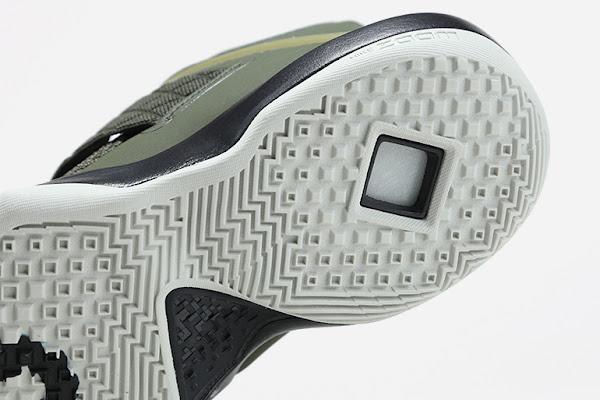 Nike LeBron Ambassador 10  Cargo Khaki  Neutral Olive