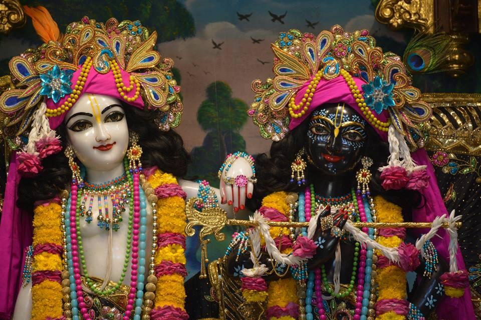 ISKCON Ujjain Deity Darshan 09 April 2016 (13)