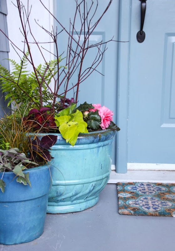 DIY-Shady-Planters-shade-pots-with-perennials-and-annuals-23-600x860