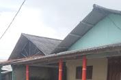 Banjir Rob Meringsek Warung dan Rumah Warga Tanjung Baru