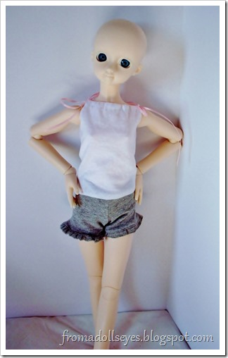 Of Bjd Fashion: Knit Shorts for Dolls: Gray Ruffled Shorts