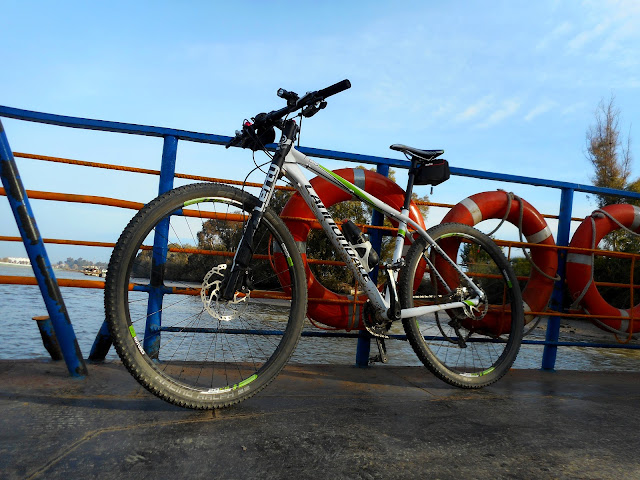 Rutas en bici. - Página 2 Que%252520coeea%252520el%252520aire%252520026