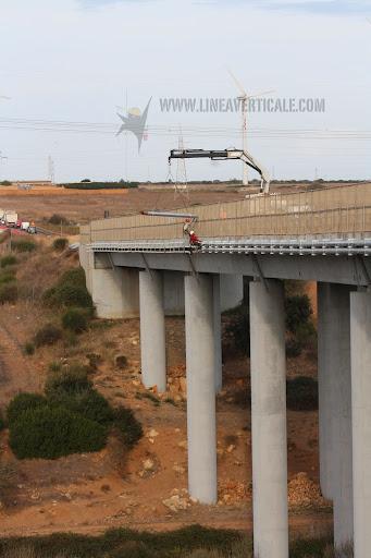 lavori su ponti.jpg