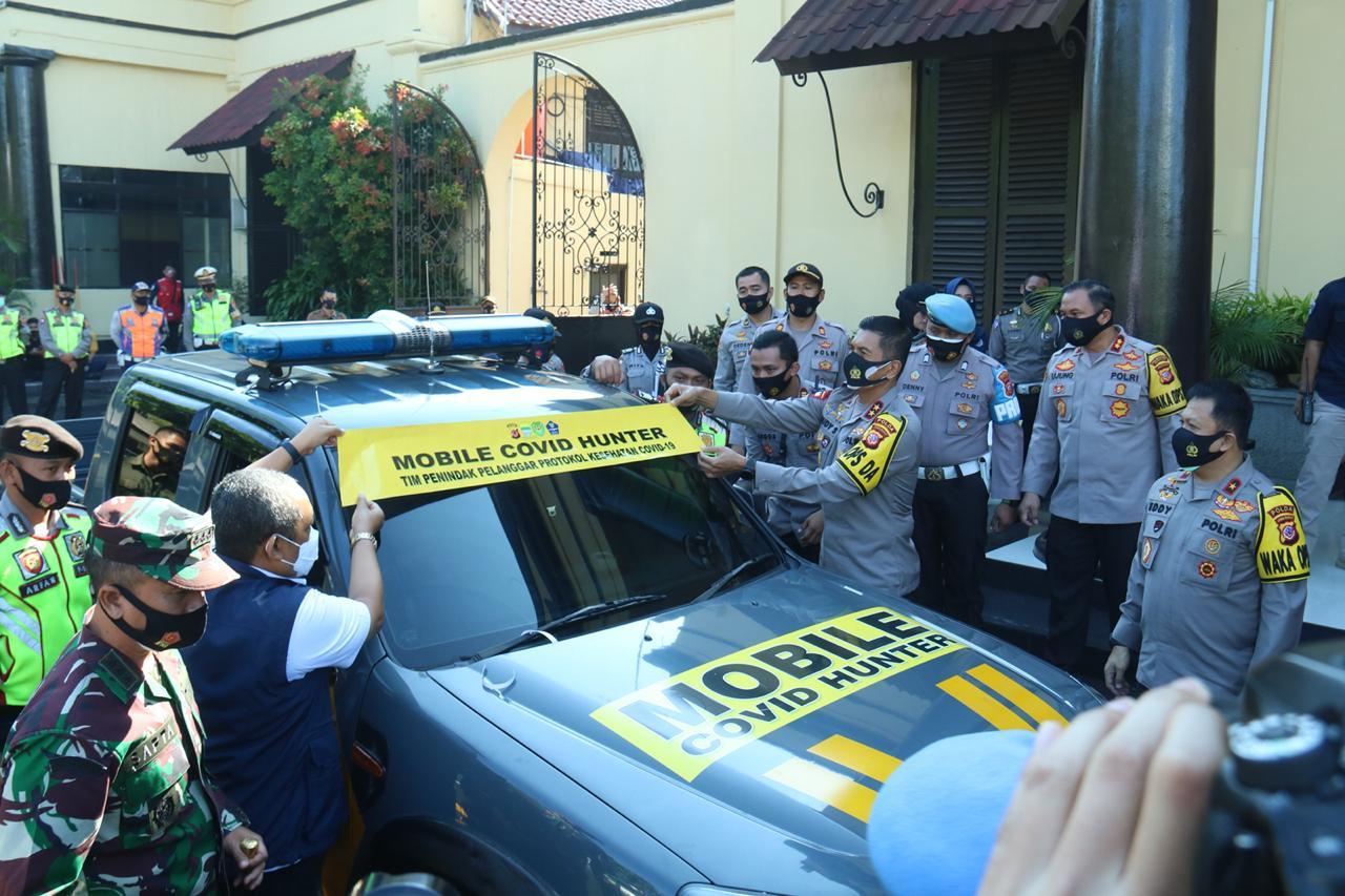 Polrestabes Bandung Siapkan Mobile Covid-19 Hunter Guna Tertibkan Warga Yang Tak Taat Protokol Kesehatan