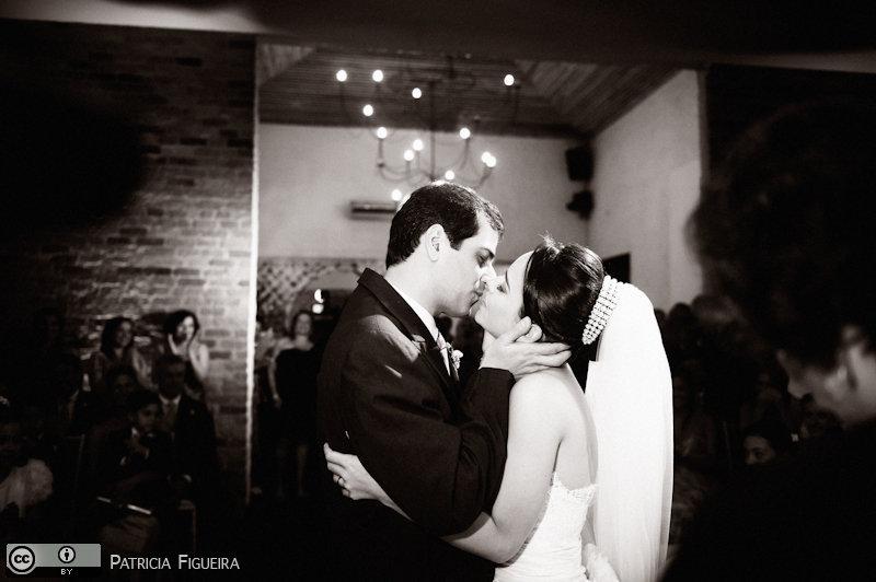 Foto de casamento 1196pb de Nathalia e Fernando. Marcações: 04/12/2010, Casamento Nathalia e Fernando, Niteroi.