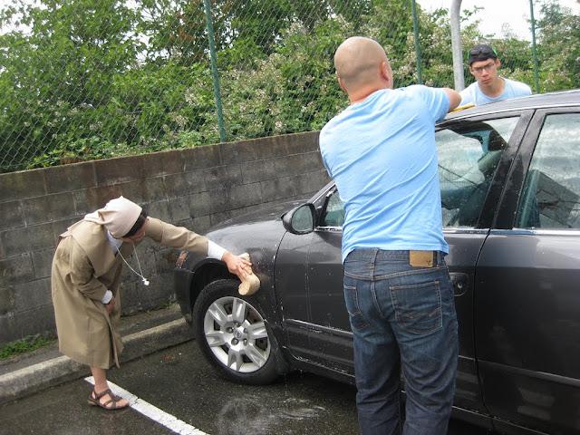 Altar Servers Car Wash 2011 - IMG_5849.jpg