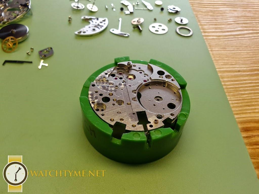 Watchtyme-Omega-Speedmaster-2015-04-021
