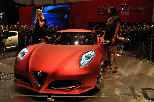 Alfa_Romeo-4C_Concept_2011_08_1280x853