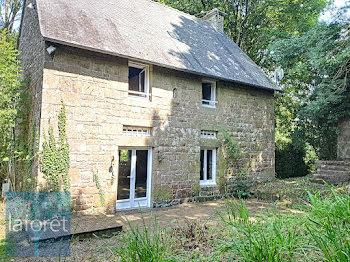 maison à La Bazouge-du-Désert (35)