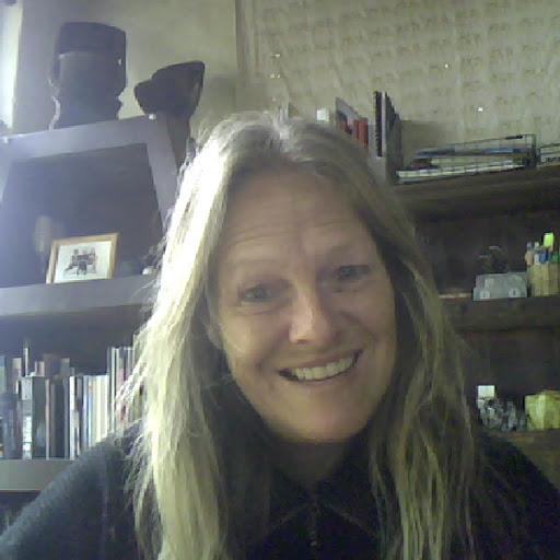 Lorraine Ralston