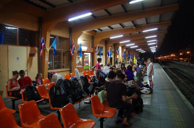 Blog de voyage-en-famille : Voyages en famille, Kanchanaburi - Chumphon