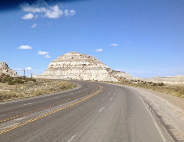 Photo of US highway 550 north of Cuba, NM