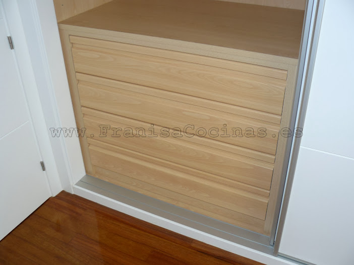Franisa muebles de cocina y ba o en valladolid noticias for Cajoneras para armarios empotrados
