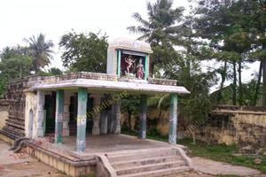 Thiru Aakkoor – Small Shrine Inside Temple Complex