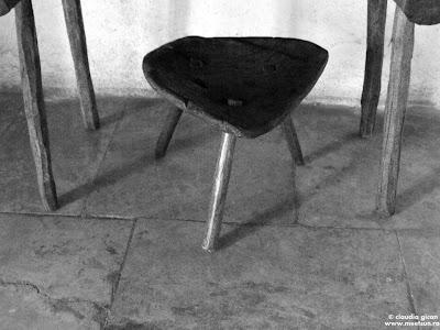 masa si scaun traditionale