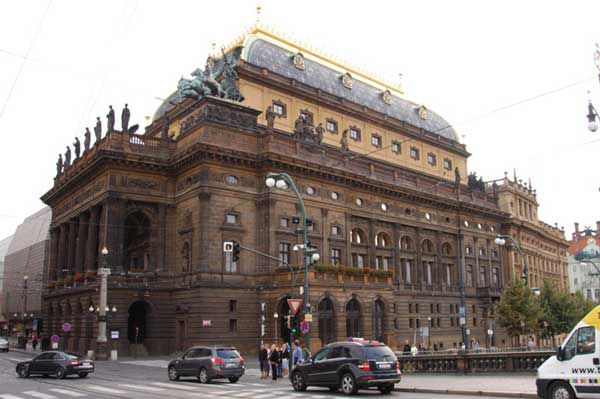 Teatro Nacional Národní Divadlo