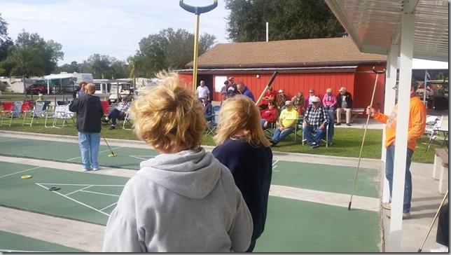 20160105_Teams waiting to play