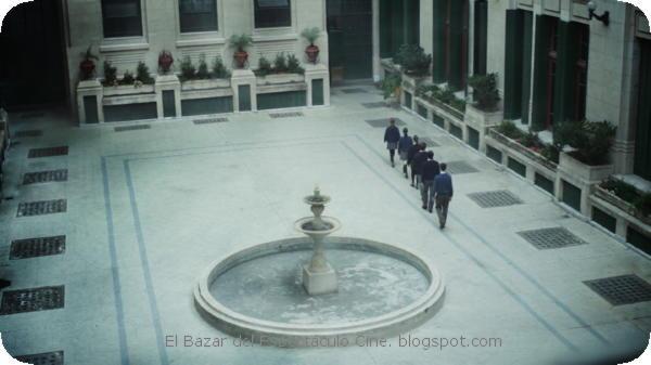 8- SINFONÍA PARA ANA. Colegio en dictadura.jpeg