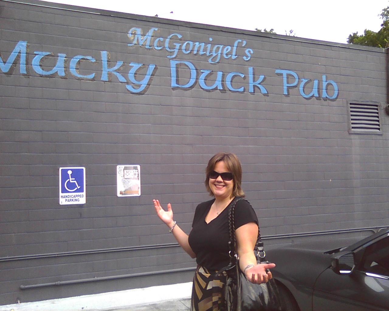Bob Schneider at Mucky Duck - Photo09091740_1.jpg