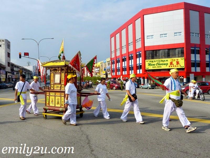 Nine Emperor Gods Procession
