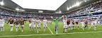 A magyar válogatott tagjai ünnepelnek, miután 2-0-ra legyőzték Ausztria csapatát a franciaországi labdarúgó Európa-bajnokságon,  Bordeaux, 2016. június 14-én. (MTI Fotó: Illyés Tibor)