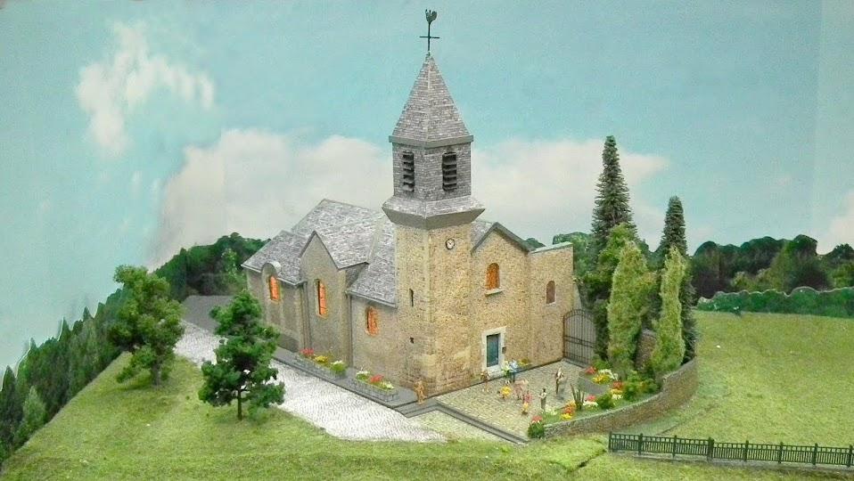 Mali klub željezničkih modelara u Francuskoj Saint+Eustache+%2528122%2529