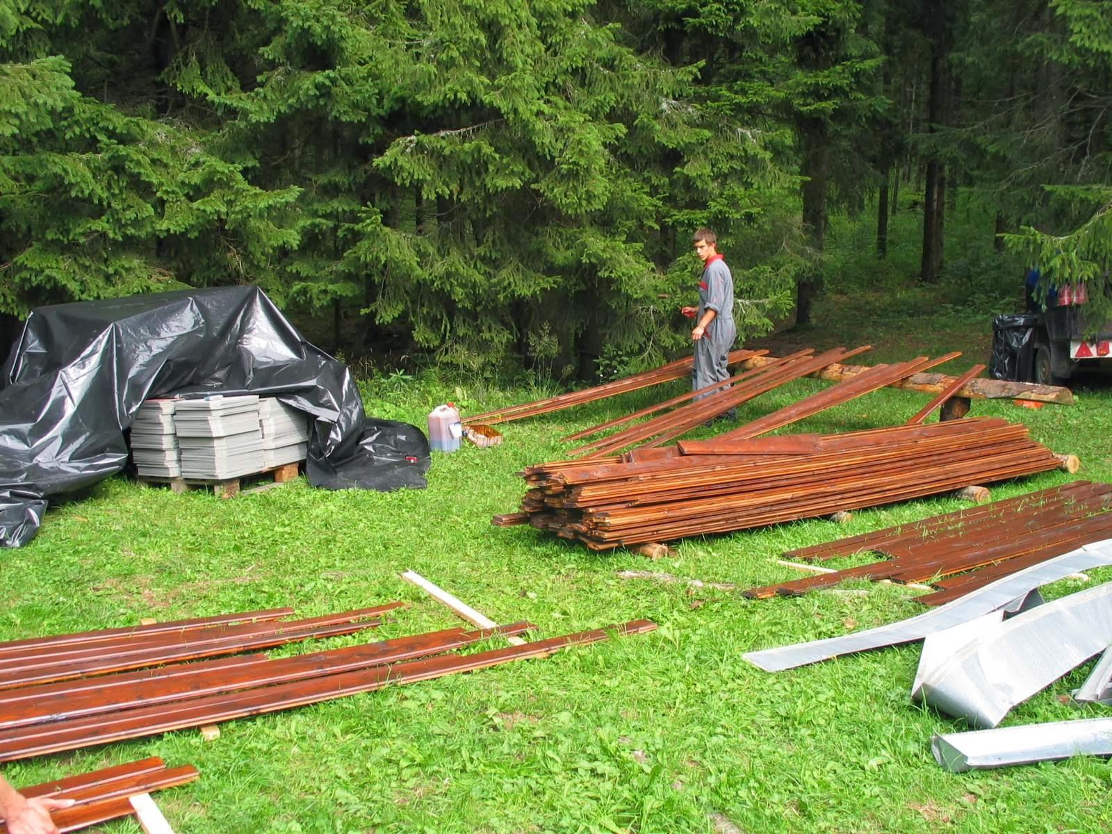 Delovna akcija - Streha, Črni dol 2006 - streha%2B080.jpg