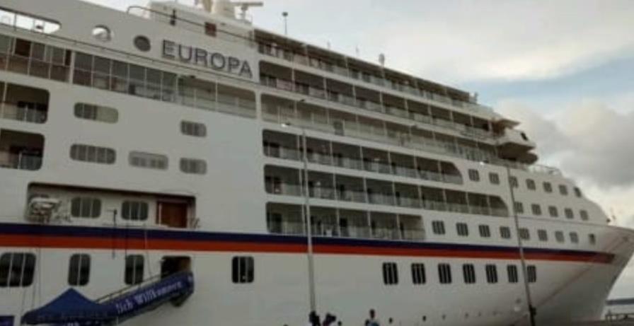 Kapal Pesiar MS Europa Sandar di Pelabuhan Nusantara, Kota Parepare