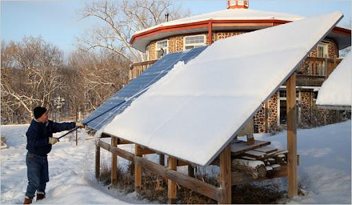 The Incentives Of Utilizing Solar Panels Image